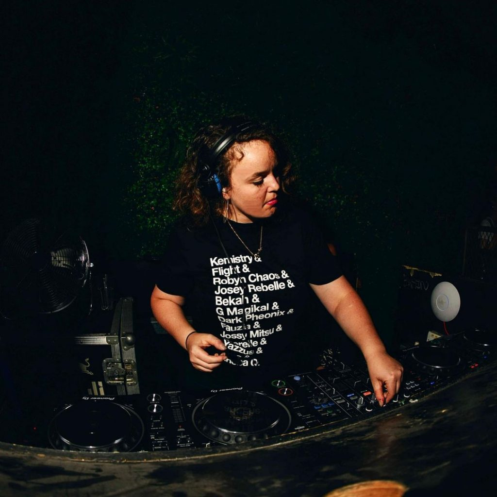 Sweatpea mixing with an EQ50 t-shirt